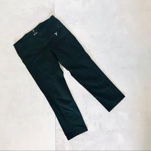 Capri athletic leggings